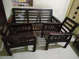 Sofa with 5 seater without cushion