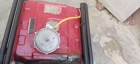 used Generator working condetion with Petrol and gass Both
