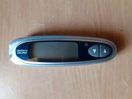 ONE TOUCH. Glucometer. With 10strip free. 1000rs