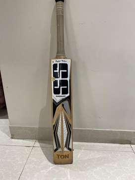Ss English willow bat ( master 99 )