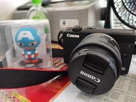 Canon m100 mirrorless