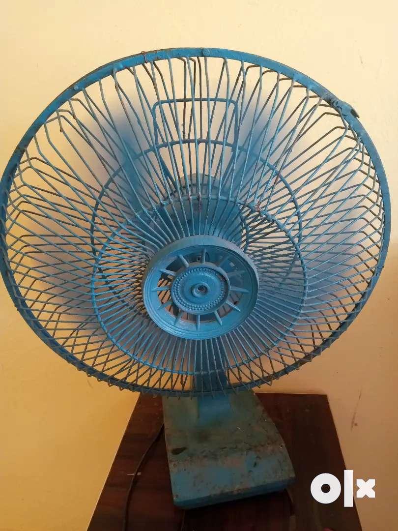 Good condition fan Koi kmi nhi hai 1old model tekau fan