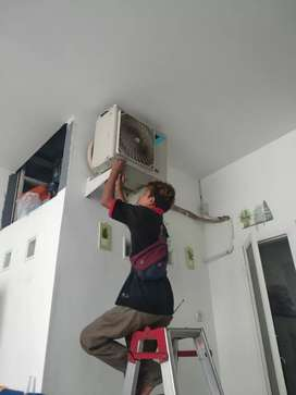 Layanan bongkar pasang AC bedah lokasi cuci isi freon
