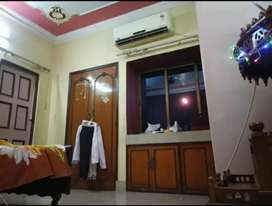 Ac Girls Flat Rent..Laketown shreebhumi Fully Furnished Only for girls