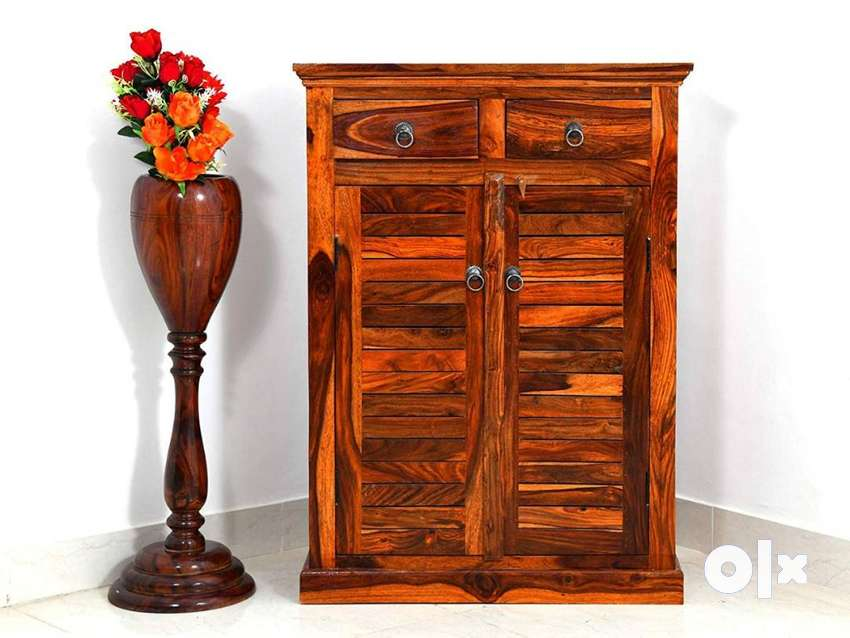 Shoe Rack Cabinet. Solid Sheesham Wood. Brand new PepperF Piece.
