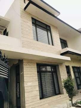 2 bhk floor for rent