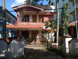 WEST FORT, Thrissur, 5 cent, 1300 sqft, 4 BHK, 90 Lakh Negotiable,