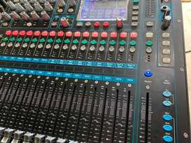 mixer allen&heath QU 16