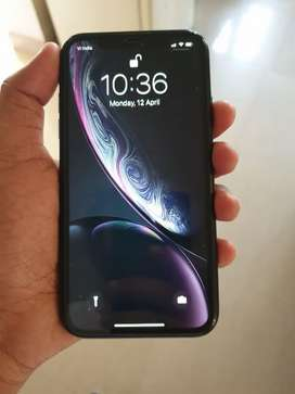 Iphone xr 64gb in good condition with all accessories and box