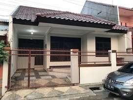 Dikontrakan Rumah Perumahan Duta Kranji Bintara Baru di Renovasi