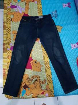 Celana Jeans Wrangler Orii