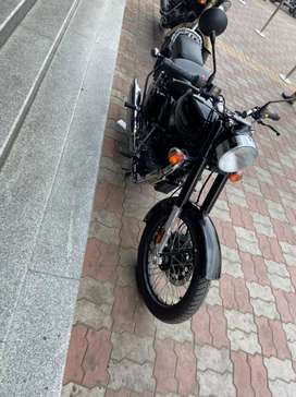 New Royal Enfield bikes are available at 50% on Onroad price