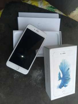 iPhone 6s plus 64 in mint condtion