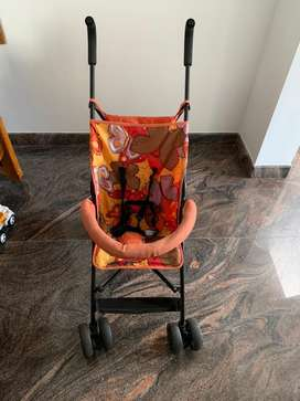 Stroller.  LuvLap Stroller, Compact & Travel Friendly