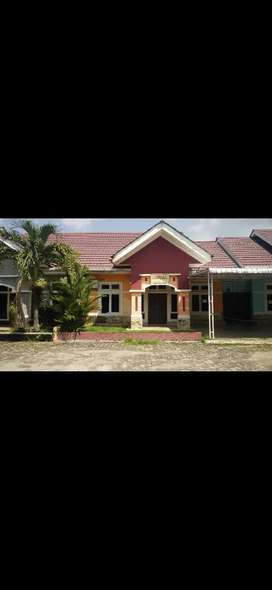 Rumah Villa komplek Grand Raysa