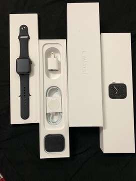 Apple series 5 watch - GPS - 44mm