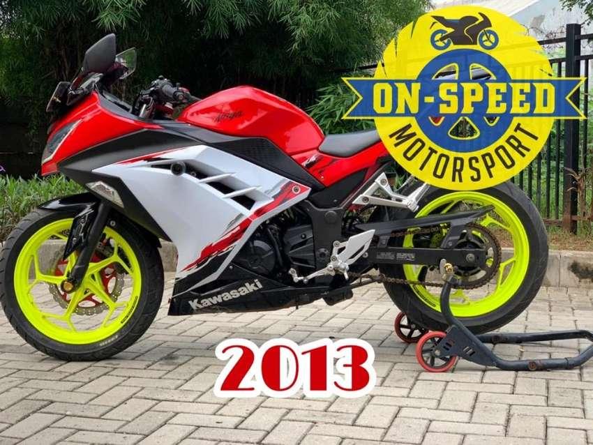 CASH CREDIT jual motor moge kawasaki ninja 250 fi SE ABS 2013 low km 0