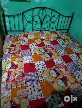 Double bed 6*6 for sale