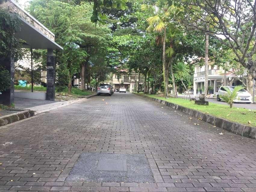 Rumah Mewah LT 475 m2 Jogja Regency Lokasi Premium Dekat Kemana Saja 0
