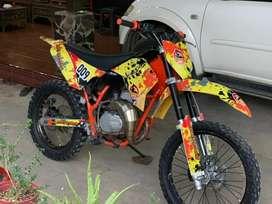 Motor Trail basic rx king , stang original ktm sixdays