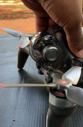Dji fpv drone (only drone with controller)