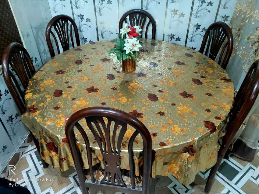 Revolving Dining Table with 6 Chairs 0