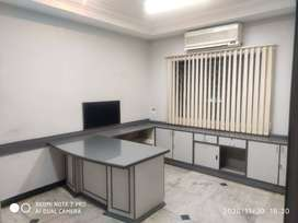 1500 sq ft furnished office space with 15 to 20 work stations for rent