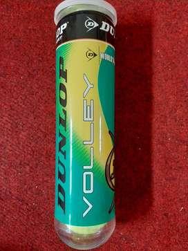Grosir Bola Tennis / Bola Tenis Dunlop Volley Tabung Plastik Isi 4