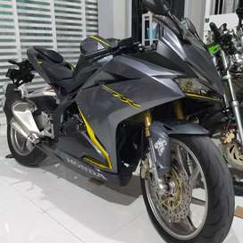 Honda new CBR 250RR low km