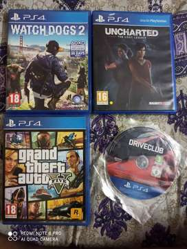 PS4 CDs 4 games