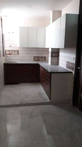 3 BHK FLAT FOR SALE IN RAJENDRA PARK IN 36 LAC