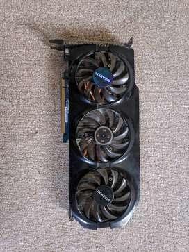 GIGABYTE HD 7950 WindForce 3X OC - 3GB