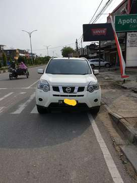 Jual Nissan Xtrail 2014 AT
