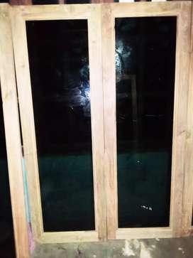 jendela kaca kayu jati perhutani
