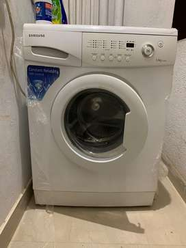 Samsung Front Load 5.5kg Washing Machine - gently used