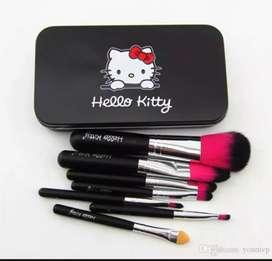 Hello kitty make up brushes