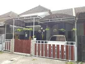 Rumah plus isinya dalam perum diBanguntapan timur Kotagede  Yogyakarta