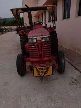 Mahidra tractor
