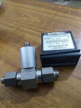 TURBINE FLOW METER MODEL 1100 with Monitor