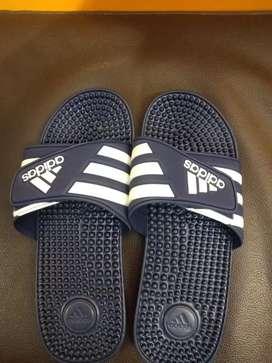 Sandal adidas ori bkn yg kw kondisi baru