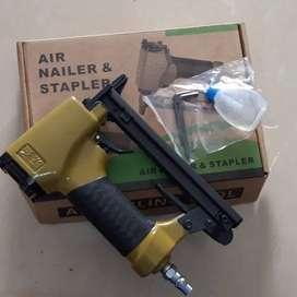 Air Staples Gun