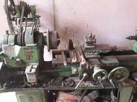 Tecknik Lathe Machine in top Condition Urgent sell