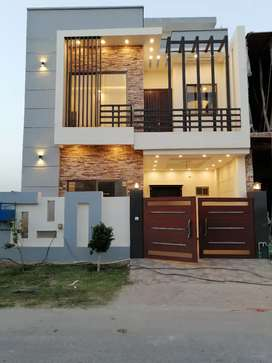 5 Marla Newely Built house Available in Royal Orchard, Multan.
