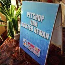 A Banner Pet Shop Segitiga Kayu Murah stiker kaca film cafe resto