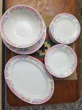 High quality Gibson dinnerware (made in China). 6 person dinner set.