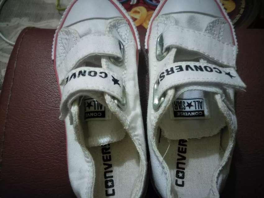 Jual sepatu anak converse#for unisex#white list red#empuk+nyaman#no 24