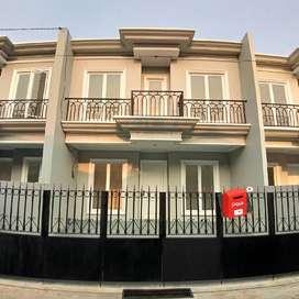 Rumah di Pondok Gede 2 Lantai Siap Huni Desain Mewah Lokasi Strategis