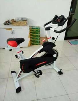 sepeda statis spinning tl930