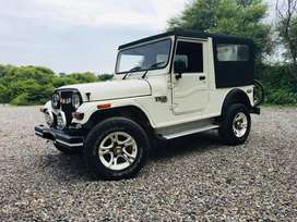 Mahindra Thar CRDe AC 4X4 BSIV for quick sale, owner moving abroad.