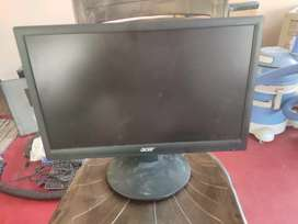 acer / lenovo / aoc 19 inch pure led monitors